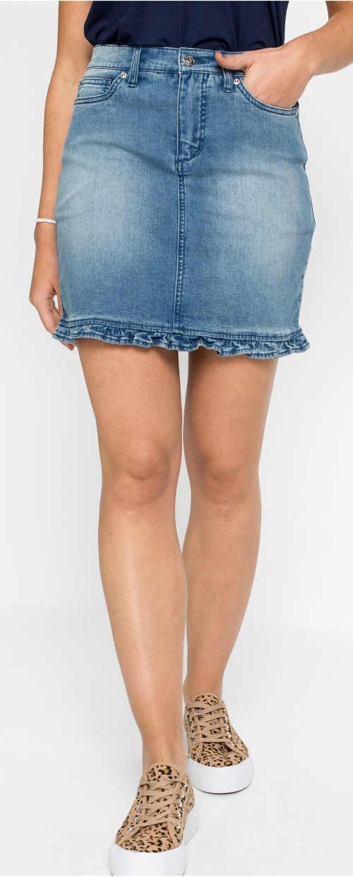 Dámska džínsová minisukňa s nariaseným volánikom na spodnom leme