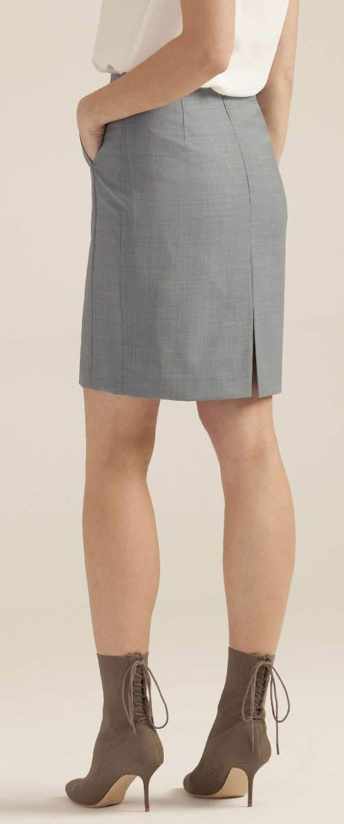 Puzdrová sukňa s vreckami