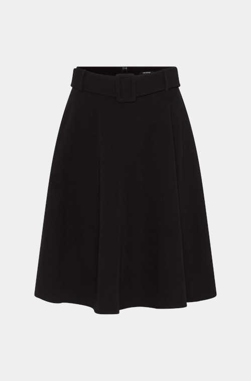 Čierna áčková sukňa s opaskom
