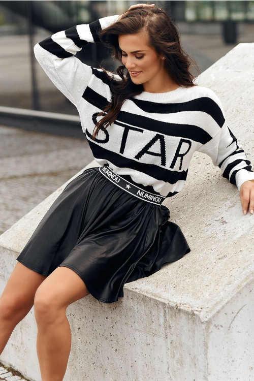 Čierna krátka sukňa s gumou