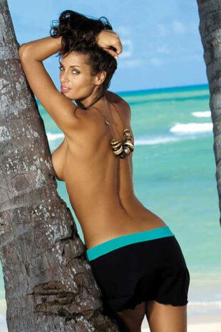 Moderná dámska plážová sukňa v dvojfarebnom dizajne