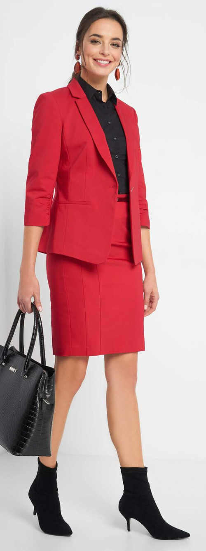 Červená sukňa po kolená do práce