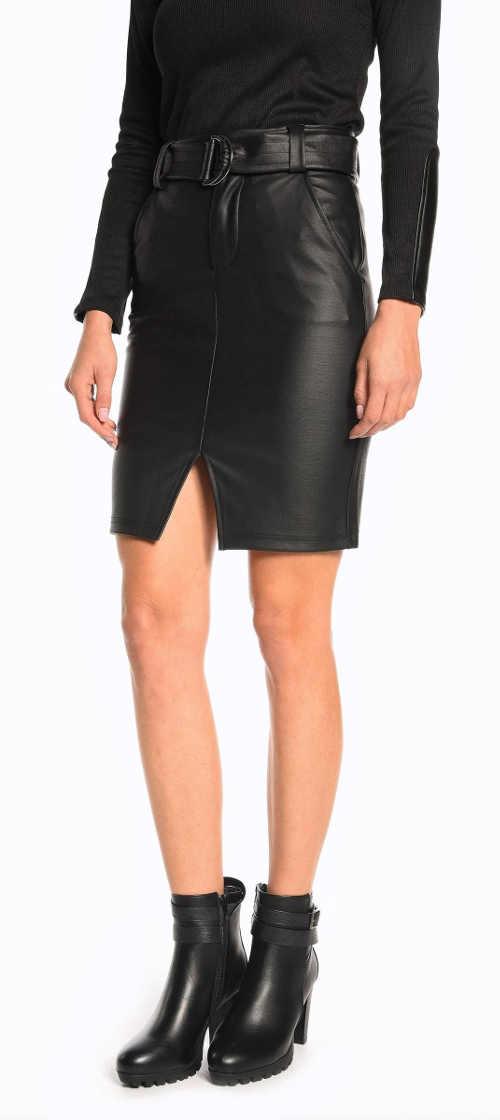 Čierna plášťová kožená sukňa s opaskom