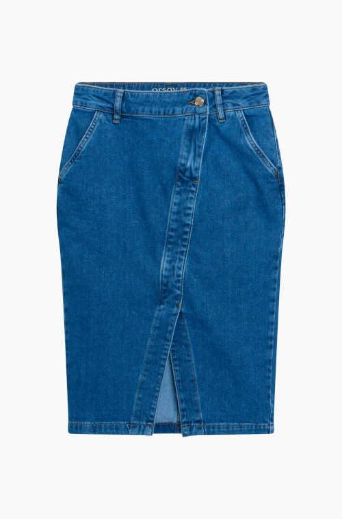 Moderná džínsová sukňa s rozparkom