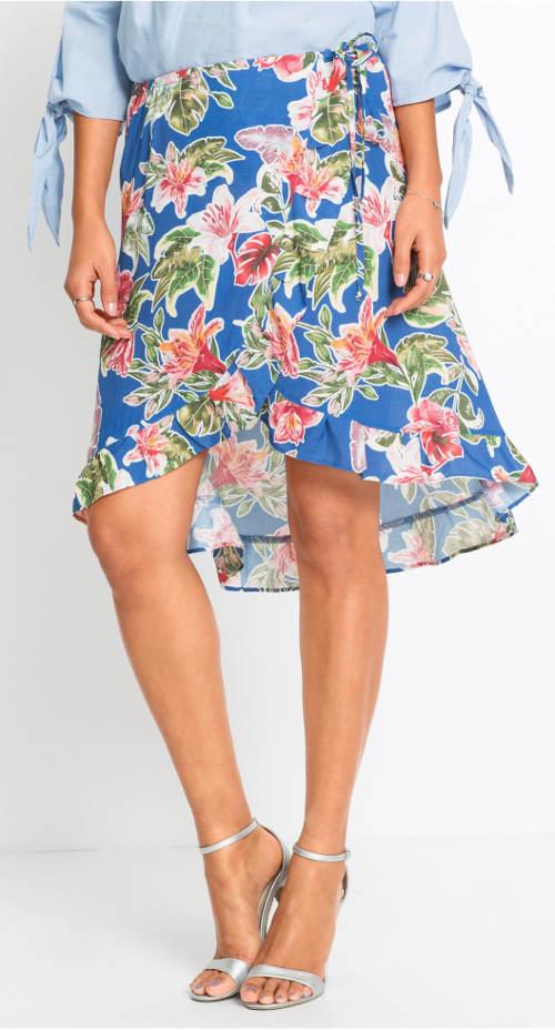 Modrá letná sukňa s kvetmi