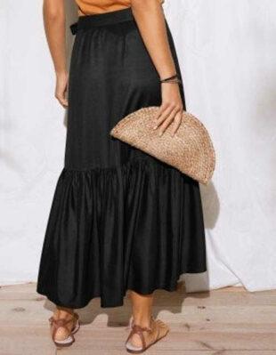 Sukňa s dlhým rukávom z príjemného a vzdušného materiálu