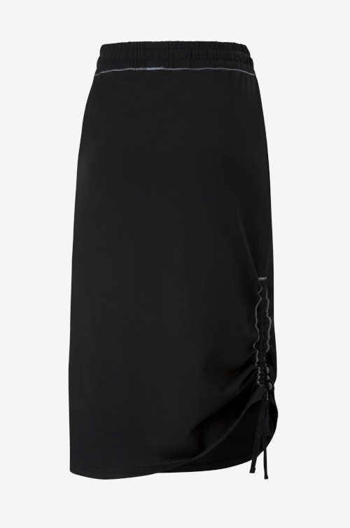 Čierna midi sukňa Puma